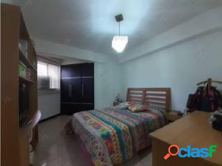 Apartamento en venta en El Parral cod 20-22042 opm 3