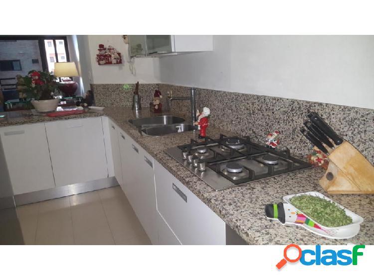 Apartamento en venta en la trigaleña valencia 20-2130 raga