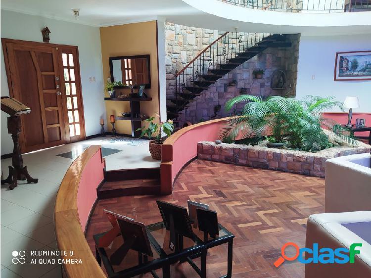 FABULOSA CASA EN ALTOS DE GUATAPARO 1