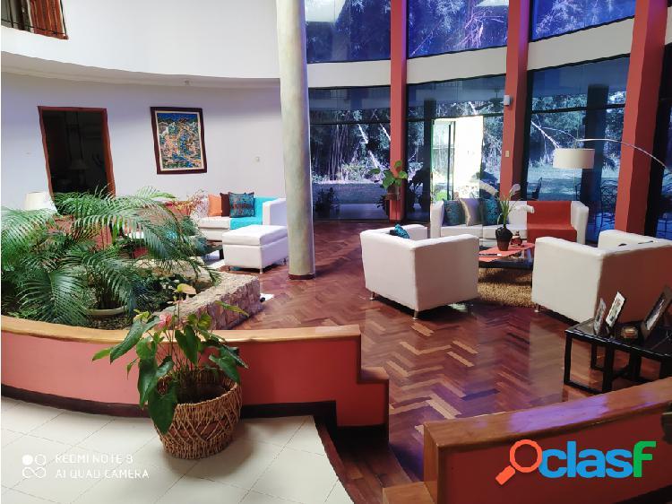 FABULOSA CASA EN ALTOS DE GUATAPARO 2