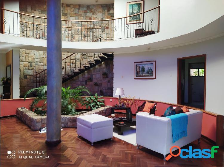 FABULOSA CASA EN ALTOS DE GUATAPARO 3