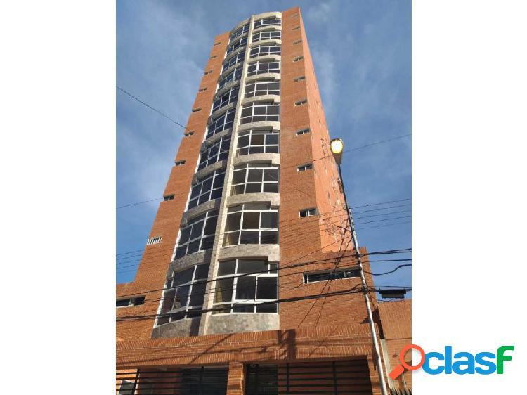 Apartamento en obra gris de 274m2 en maracay