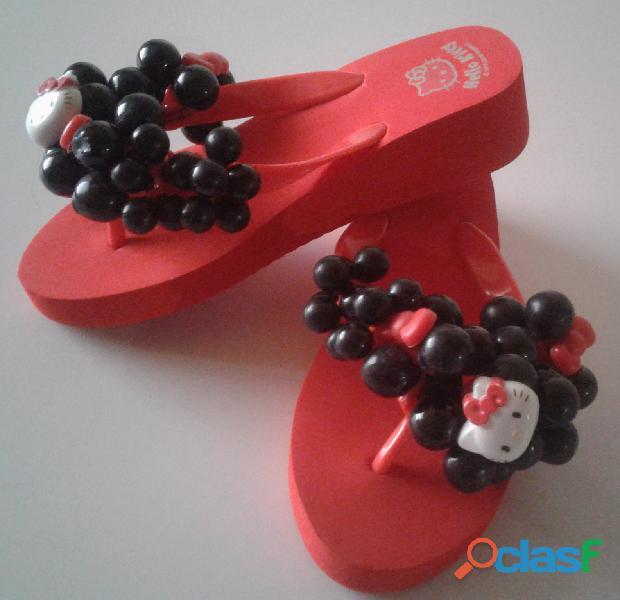 Cholas Sandalias Hello Kitty Producto Original talla 35