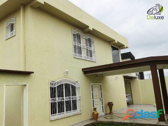 Exclusiva Casa, con un área de 500m2 de terreno y 200m2 de construcción, en el Estado Barinas