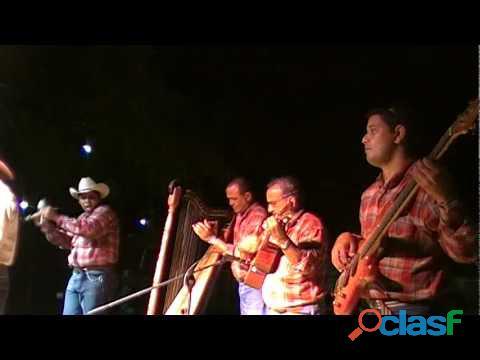 Grupo de mùsica venezolana araguaney en maracaibo