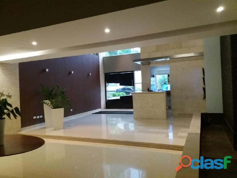 Apartamento en Altos de Guataparo. FOA 699 7