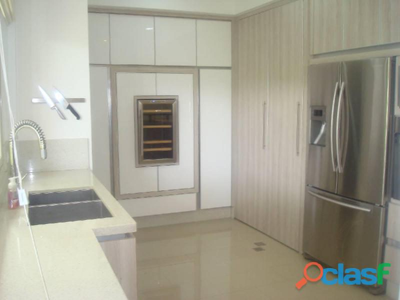 SKY GROUP Vende Apartamento en Altos de Guataparo 7