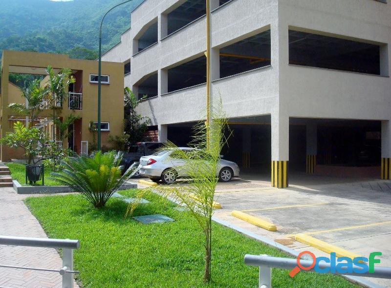 SKY GROUP Vende Apartamento en el Rincón. Mañongo 8