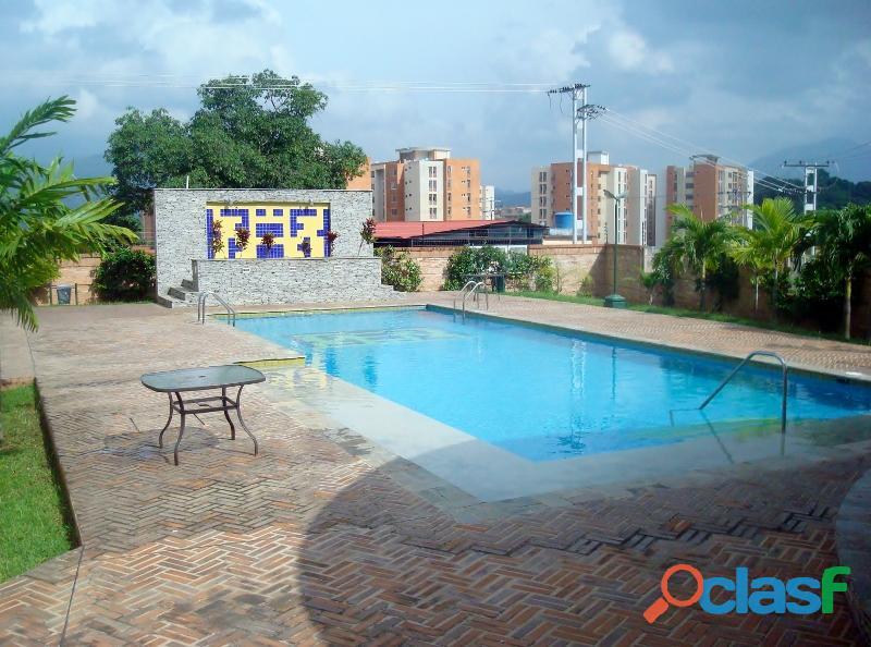 SKY GROUP Vende Apartamento en el Rincón. Mañongo 9