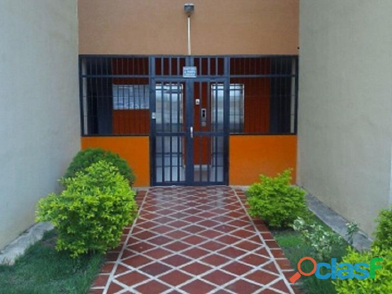 Apartamento (PH) en venta Los Guayos centro, Carabobo, enmetros2, 20 82015, asb 8