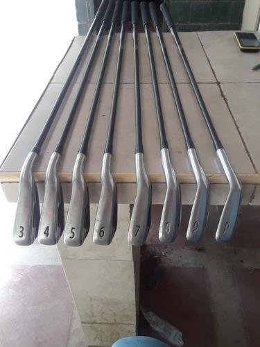 Palos de golf titleist ap1 y ap2 712
