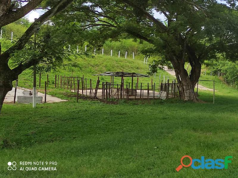 Finca en Tinaquillo, Estado Cojedes. Código FOT   157 2