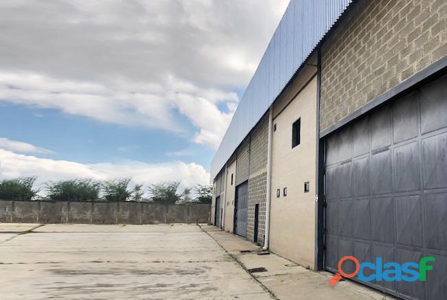 Alquiler Galpón Zona Industrial Vía Aeropuerto   YGL14 5