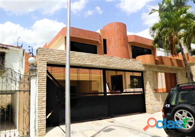 SKY GROUP Vende Casa Quinta en Prebo III 17