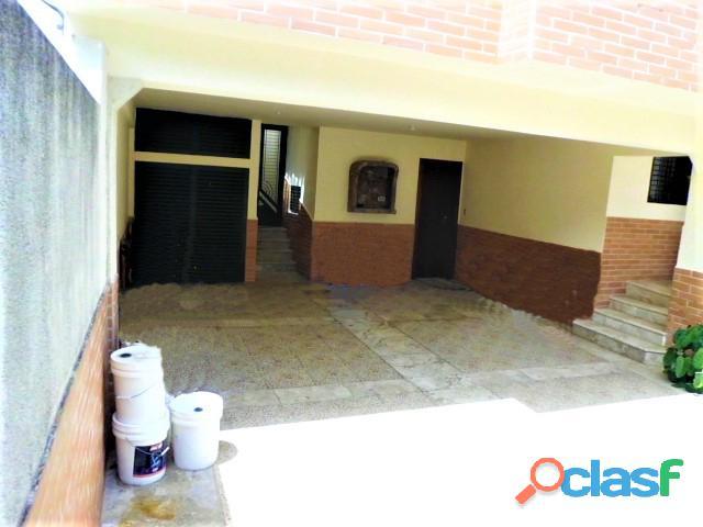 SKY GROUP Vende Casa Quinta en Prebo III 15