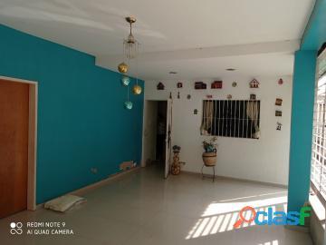 Casa en Venta en Miguel Peña, Valencia, Carabobo, enmetros2, 20 110015, asb 2