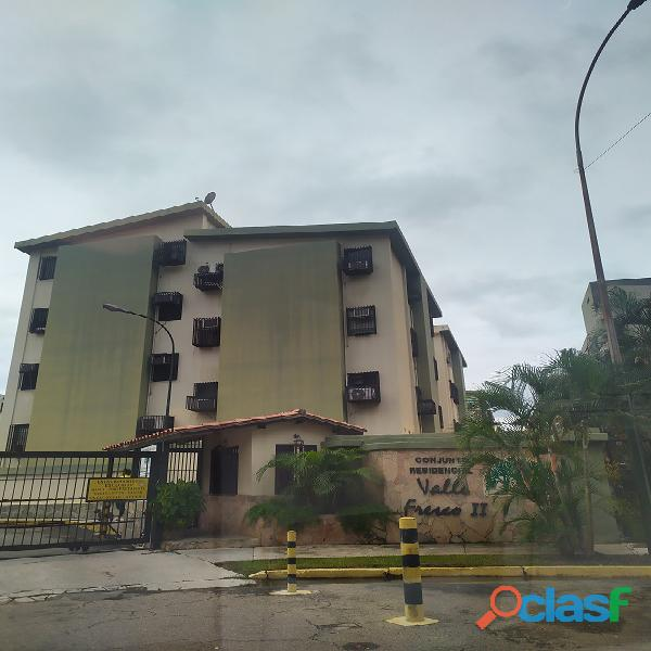 LISMAR LEDEZMA VENDE APTO EN RES. VALLE FRESCO II, NAGUANAGUA