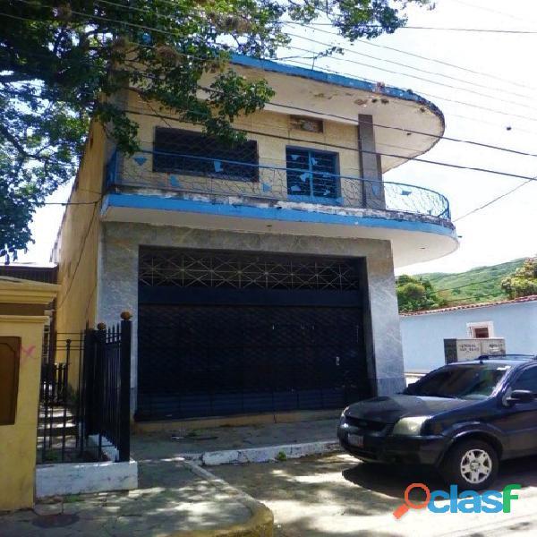 SKY GROUP Vende Edificio de Locales en San Blas