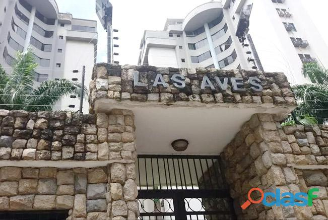 Alquiler Apartamento Frente al CC Cristal Urb La Granja   RAP58