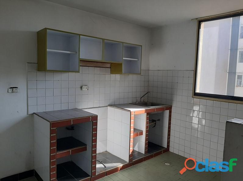 SKY GROUP Vende apartamento en los Caracaros FOA 1199 3