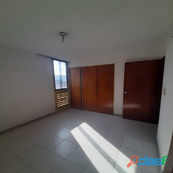 SKY GROUP Vende apartamento en los Caracaros FOA 1199 6
