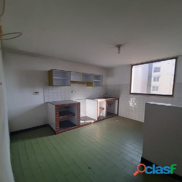 SKY GROUP Vende apartamento en los Caracaros FOA 1199 19