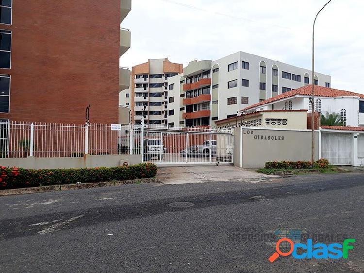 Apartamento en el conjunto residencial los girasoles, villa granada