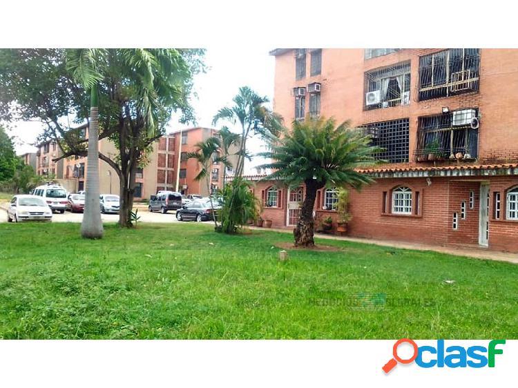 Apartamento en el conjunto residencial caroní plaza, río aro