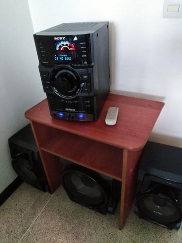 Equipo De Sonido Sony Genezí Modelo Mhc-gtr55 Con Mesa