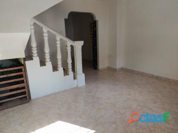 Townhouse en venta en Parque Valencia, Carabobo, enmetros2, 20 82031 asb 3