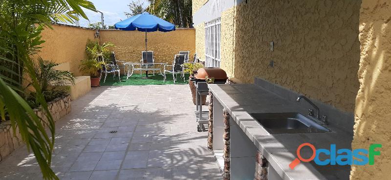 El Town House de sus sueños en Lecheria Morro II Le Chapeau Villas 7