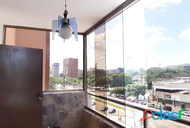 Apartamento Venta 189 M2 Av. Bolivar Norte Valencia   RAP107
