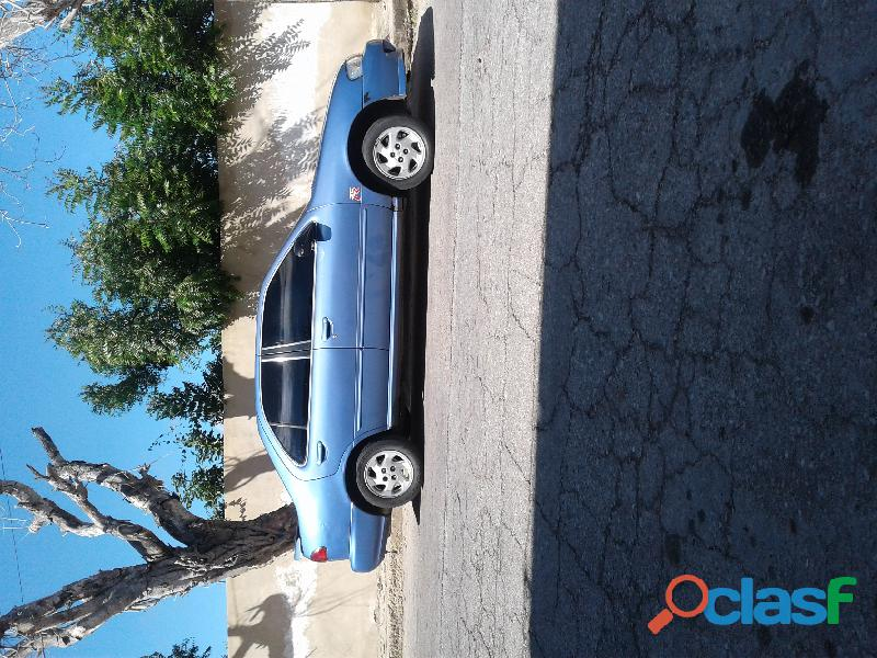 Vendo vehiculo Nissan Sentra, B14, Negociable.