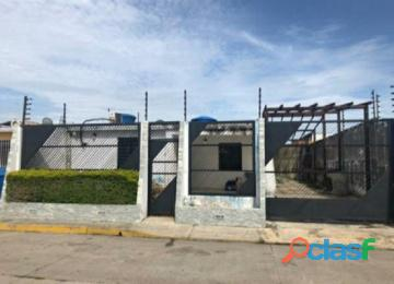 Casa en venta en Buenaventura, Los Guayos, Carabobo, enmetros2, 20 81006 asb