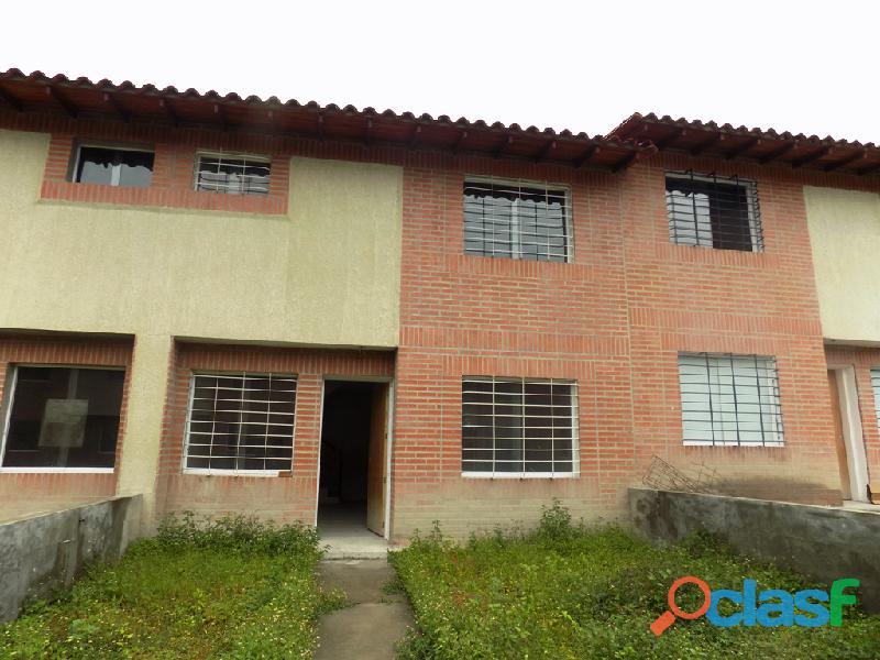 Townhouse en venta Campo Claro 12