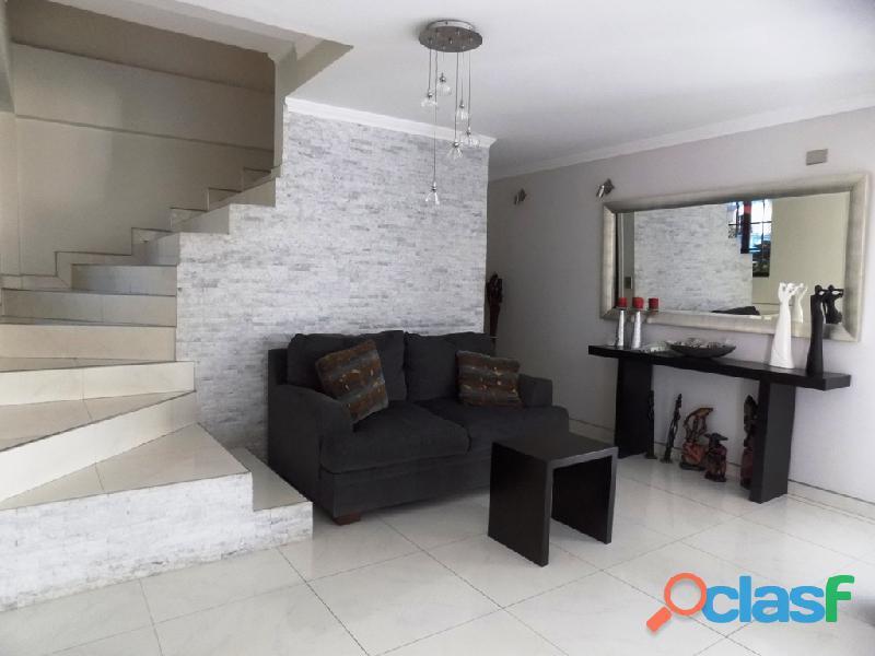 Casa en venta Urb. Villas La Pedregosa 8