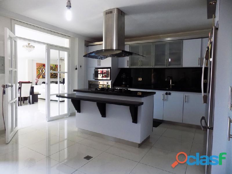 Casa en venta Urb. Villas La Pedregosa 14