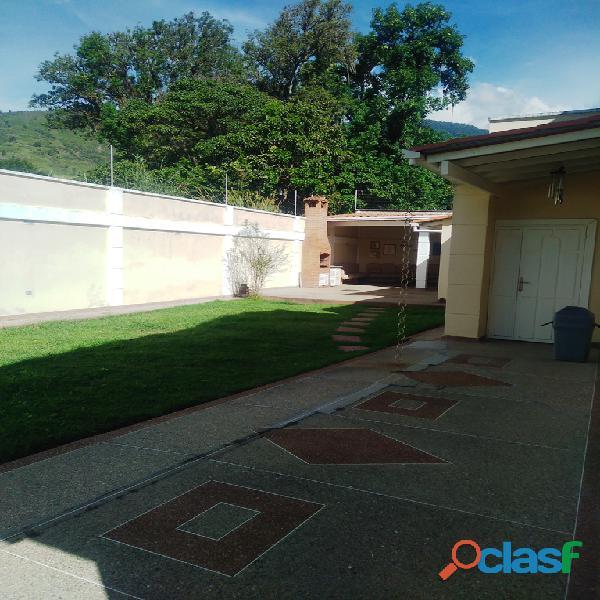 Casa en venta Urb. Villas La Pedregosa 4