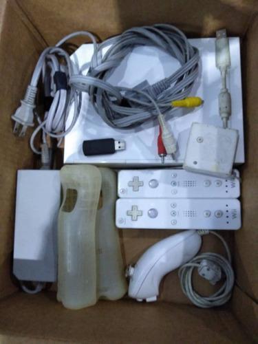 Consola nintendo wii + accesorio usado