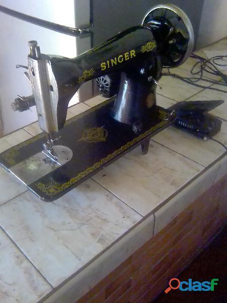 Máquina de coser singer 1