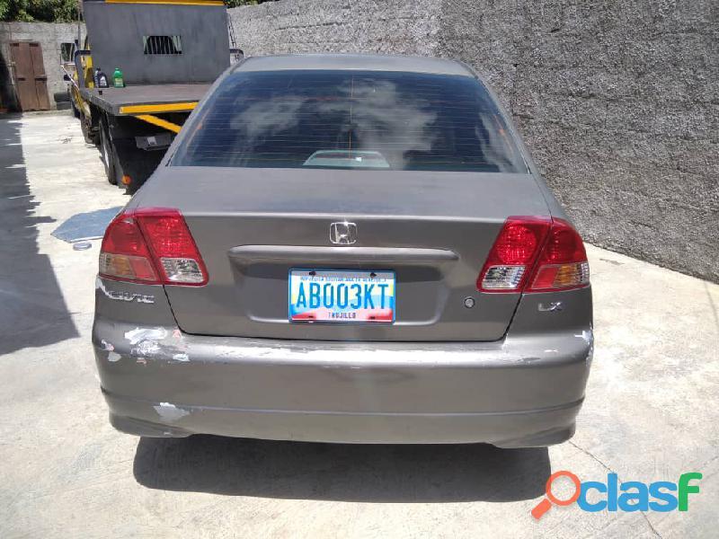 Vendo Honda Civic 2004 3