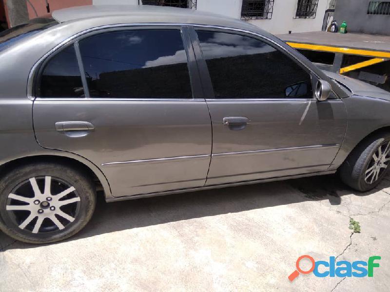 Vendo Honda Civic 2004 4