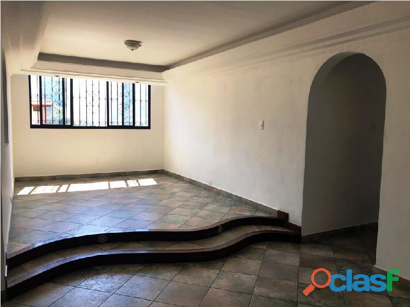 Apartamento en venta Urb. Campo Claro, Resd. El Pedregal 9