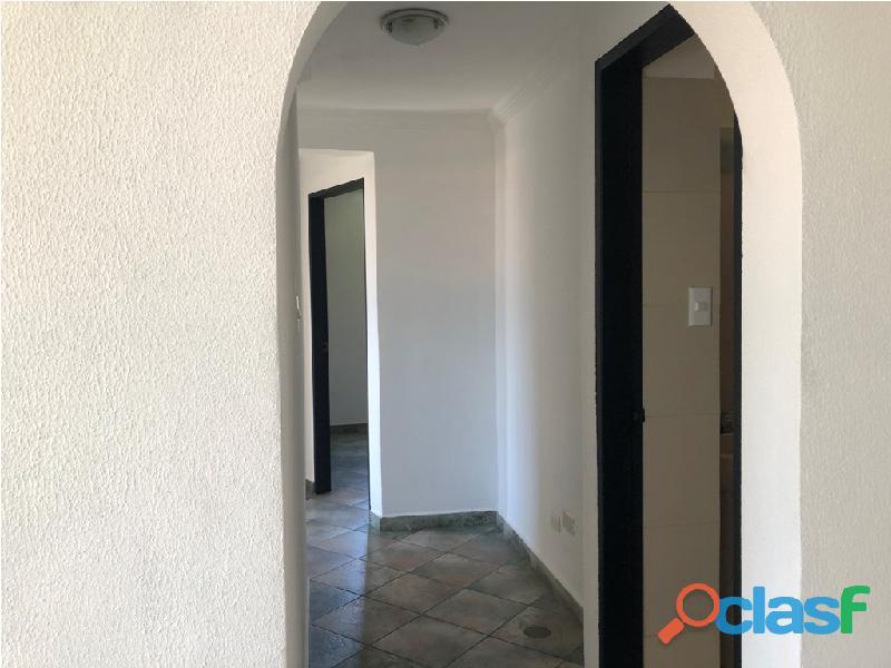 Apartamento en venta Urb. Campo Claro, Resd. El Pedregal 8