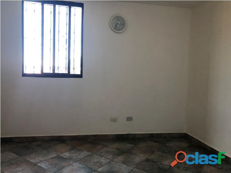 Apartamento en venta Urb. Campo Claro, Resd. El Pedregal 11