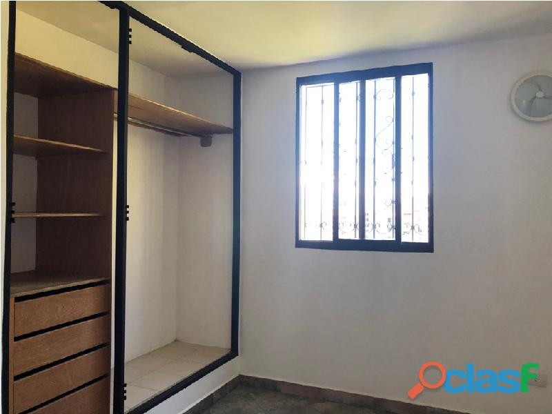 Apartamento en venta Urb. Campo Claro, Resd. El Pedregal 6