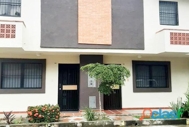 Se Vende Townhouse 91 M2 Urb. Tazajal Naguanagua   RTH10