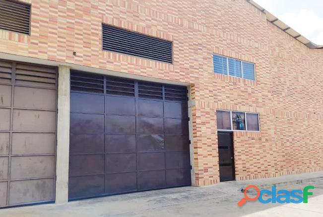 Se Alquila Galpón 500 M2 Zona Industrial Caracarita Los Guayos   YGL16