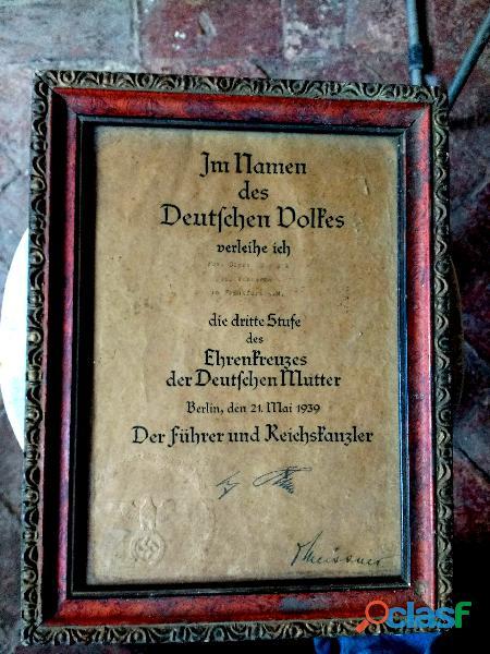 Documento firmado por Hitler