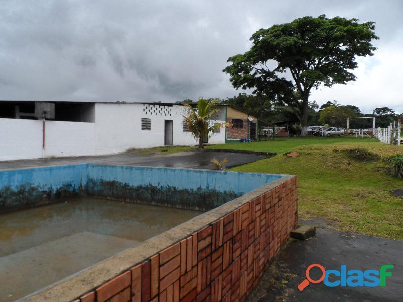 SE VENDE CASA DE CAMPO en Santa Ana del Táchira, sector Malacate 4